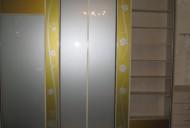 Двери стекло с оракальным рисунком.